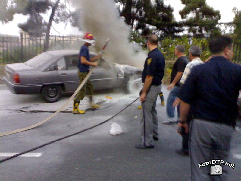 Фото ДТП, автомобиль Opel не справился с управлением и столкнулся с такси