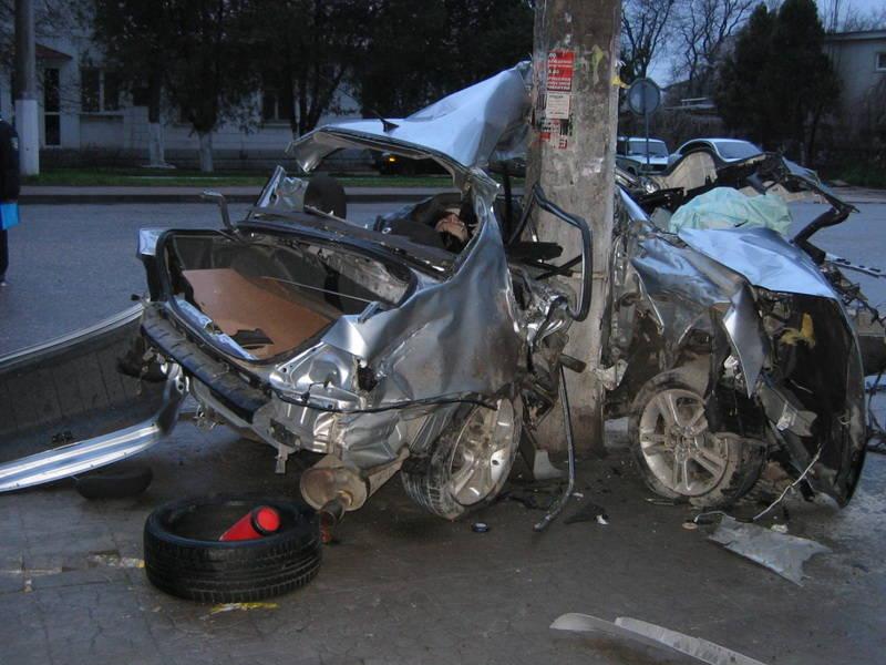 Страшная авария в Севастополе, двое погибших
