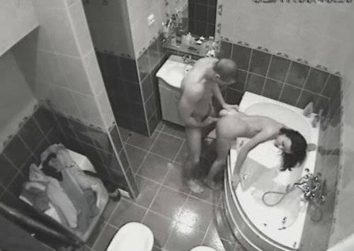 фото скрытое в ванной