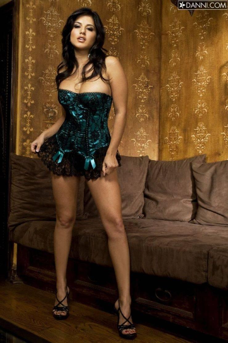 Dziewczyna dnia: Sunny Leone 11
