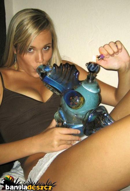 Dziewczyny i marihuana 8