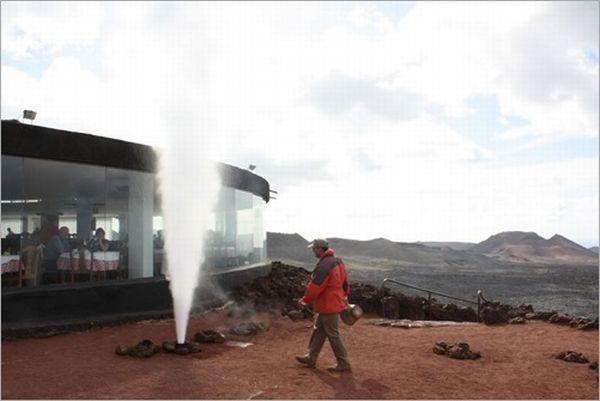 Restauracja na szczycie wulkanu 3
