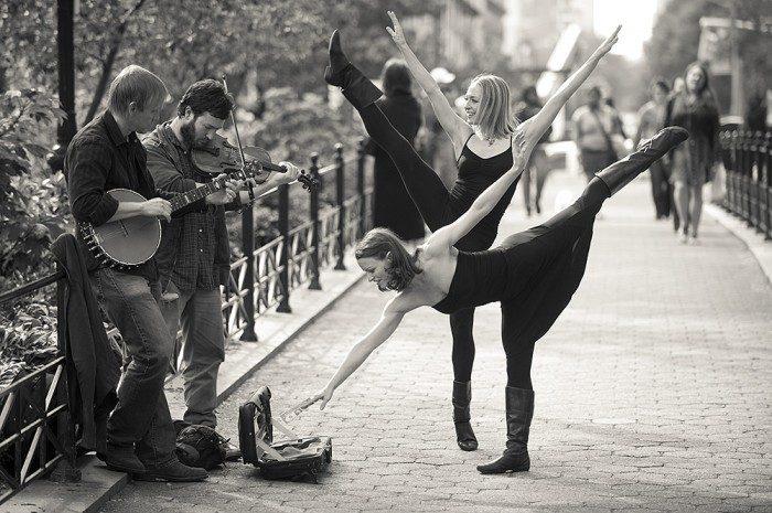 Świat tańczy 14