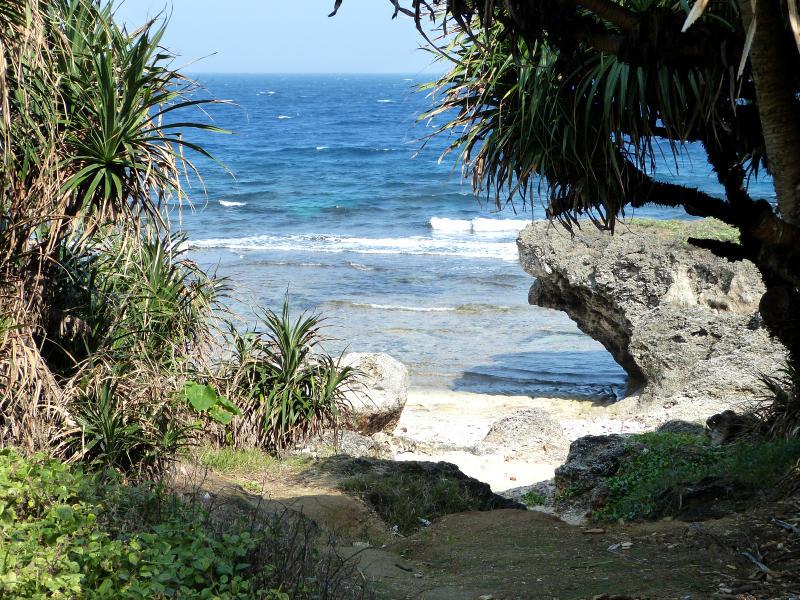 Strand Lamay Island
