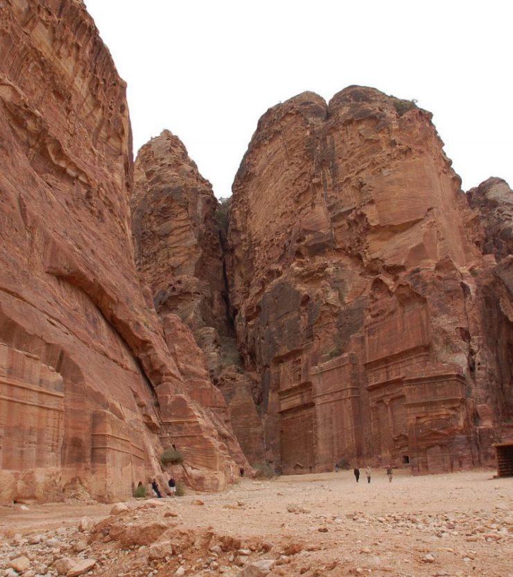 Petra - miasto wykute w skałach 7