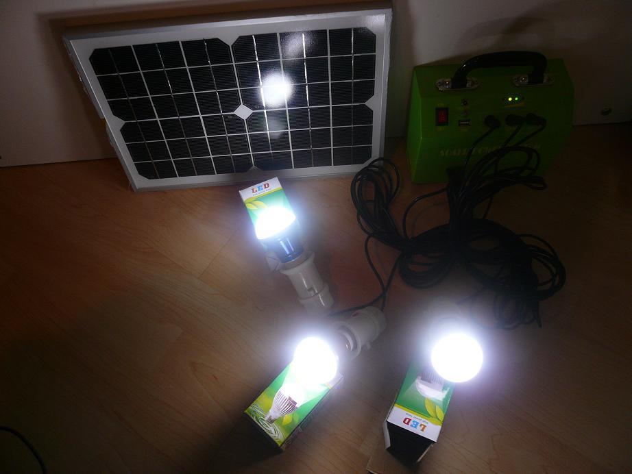 Komplette Solaranlage Inkl. Solar-Panel LED Lampen 12 Volt