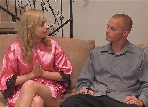 Molly Bennett - Trying New Things - Massage-Parlor - (2012/FullHD/1080p/965 Mb)