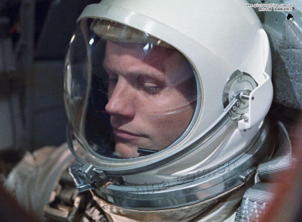 Misja Apollo 11 - lądowanie człowieka na Księżycu 12